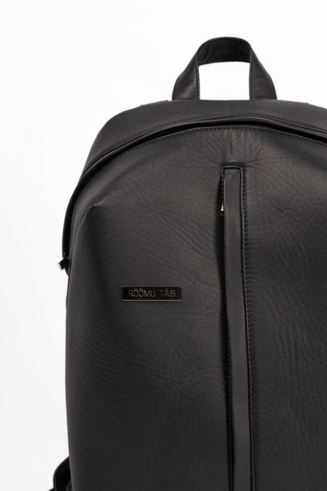 """Must seljakott """"Rõõmu täis"""" 345€"""
