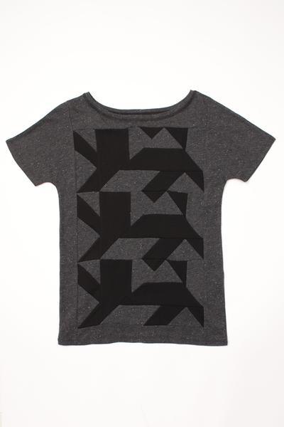AUS/KARU lion shirt naistele 50€