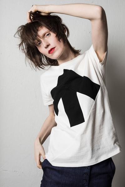 Up-shirt naistele 45€
