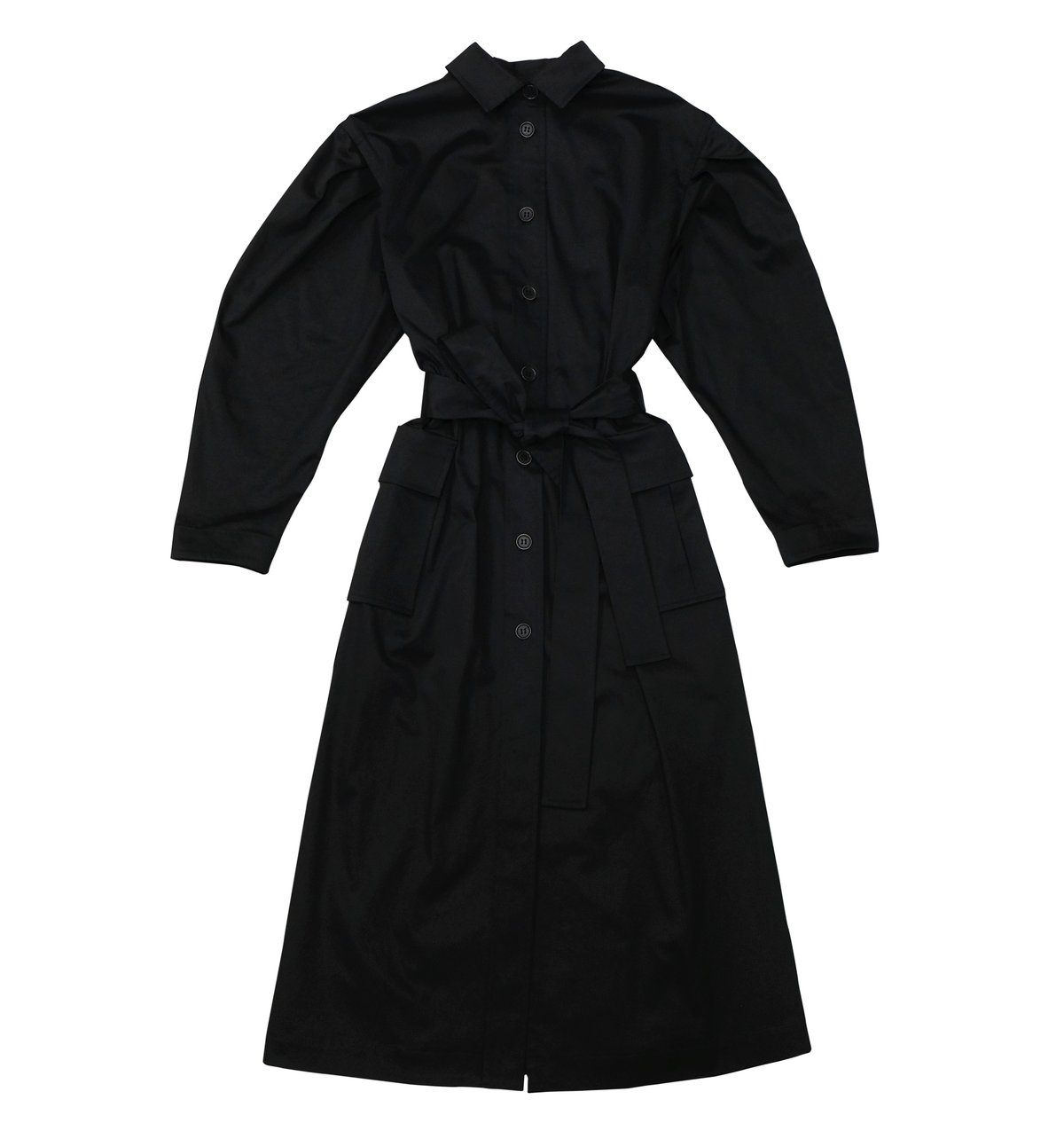 Mid-length shirt dress in black  270€