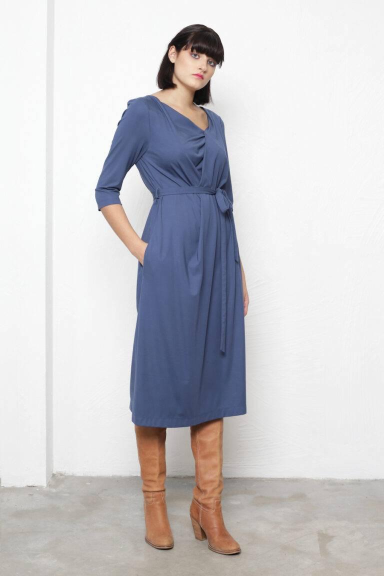 Kleit Ferrara  195€