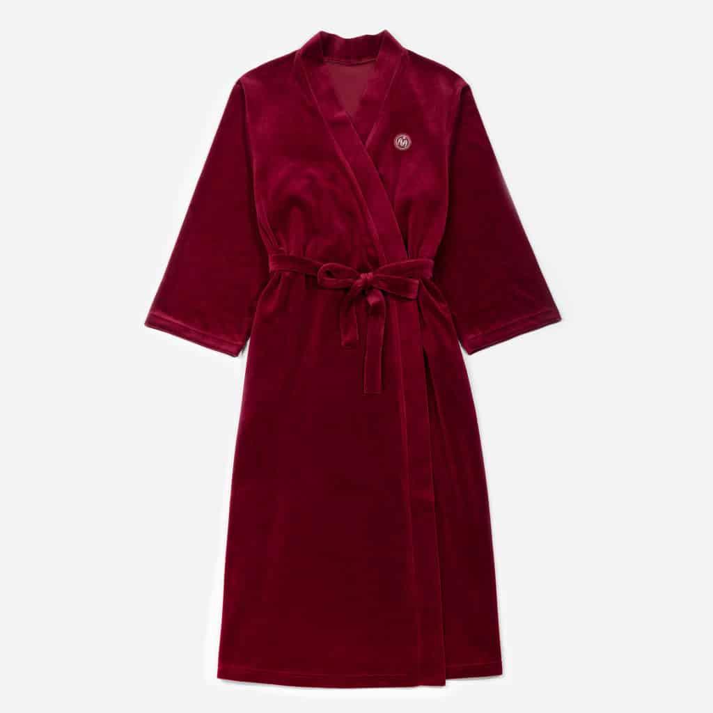 Naiste punane hommikumantel  65€